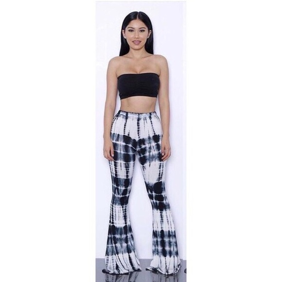 differently meet new high quality Black & white flare pants